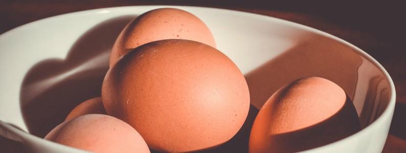 Klątwa alergii na jajka: labirynt między sklepowymi półkami